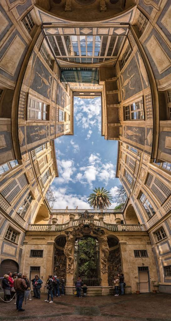 Dikey Panoramik Fotoğraflar ile Mimariye Bakış 2